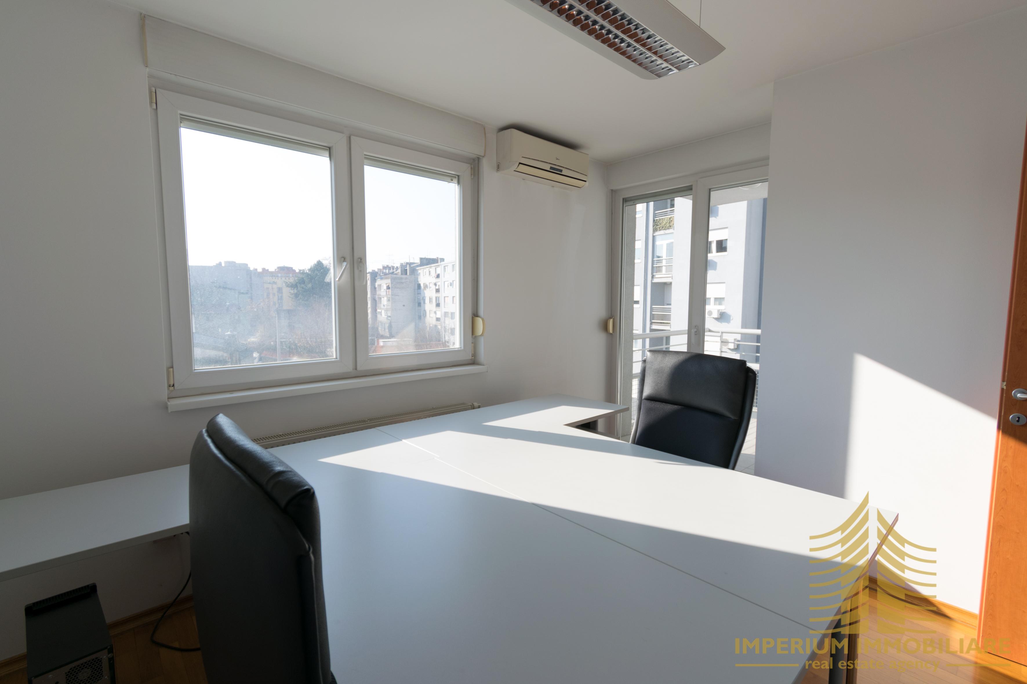 Poslovni prostor: Zagreb (Trešnjevka), uredski, 101 m2, PRILIKA (iznajmljivanje)