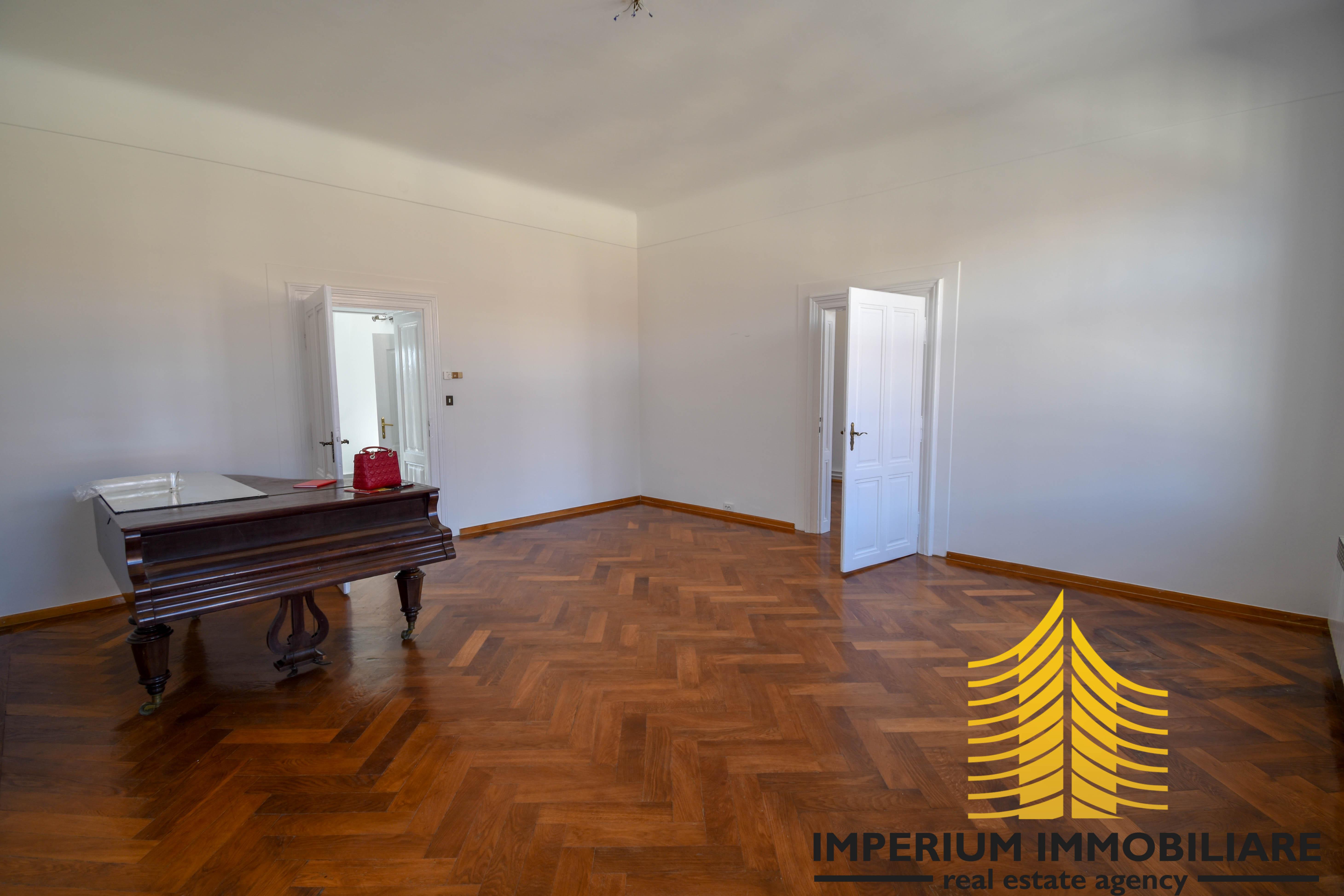 Stan: Zagreb (Donji grad), 110.00 m2, ZRINJEVAC (iznajmljivanje)